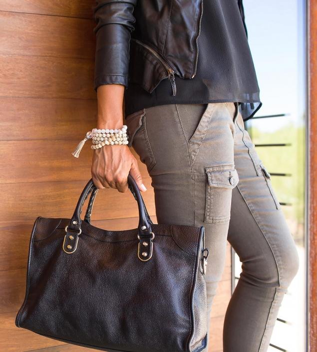 Mala Leather Handbag Tassel Phoenix catalog photographer fashion photographer southwest north american jewelry photographer