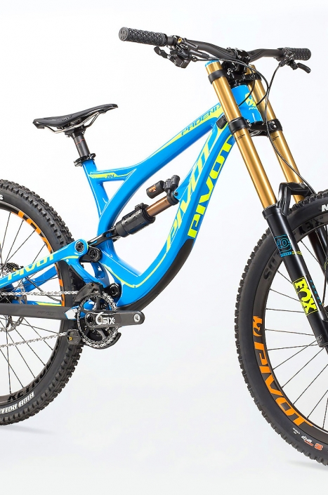 Product photography of Pivot Cycles mountain bike shot by Phoenix commercial photographer Jason Koster